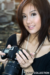 Daisy 2 (Kam) Tags: china portrait people woman hot cute girl beautiful smile face female canon pretty daisy dslr kam 2007        gorgeouse 400d top20femmes