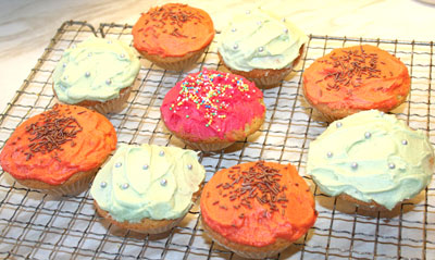 cupcakes-after-icing