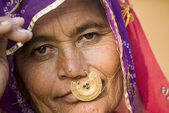 Rajasthan women (Dick Verton ( more than 12.000.000 visitors )) Tags: travel people india geotagged women asia veil theface rajashtan itsonginvite