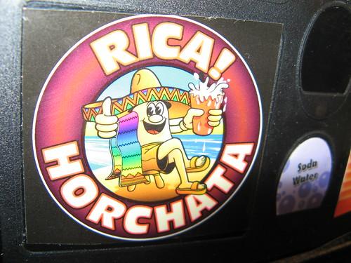 Foto de una pegatina de Horchata, pero no es la que me gusta a mi