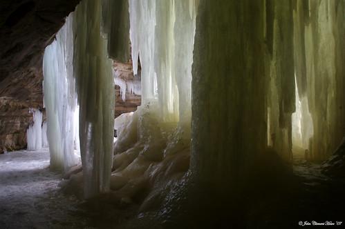 Columns of Ice, Eben Ice Cave