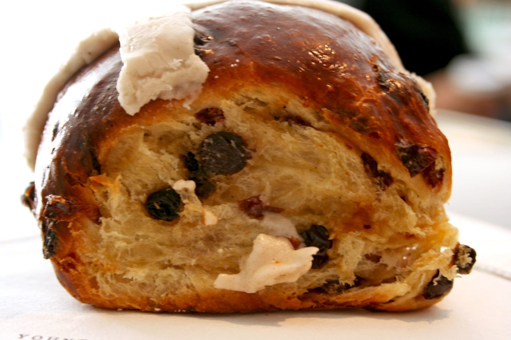 Hot Cross Bun (side view)