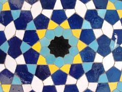 Abaculus2 (MahD) Tags: design ancient pattern iran ایران esfahan islamic isfahan مهدی اصفهان mahdi اسلامی foorprint کاشی eslim mahd معرق اسلیم iraniansculture تمدنایرانی فرهنگایرانی