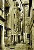 Streets of Split - Rincones y rinconcetes (Paco CT) Tags: travel viaje urban bw tourism sepia cityscape croatia olympus explore urbano split turismo hdr croacia urbanscape 2007 paisajeurbano e500 supershot flickrsbest 1xp 25faves abigfave anawesomeshot isawyoufirst superbmasterpiece diamondclassphotographer flickrdiamond pacoct