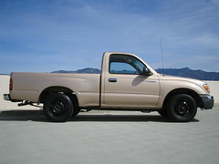 R-side view (be thankful) Tags: 2000 tacoma shortbed