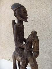 Cavaliers africains 007 (Guillaume Cingal) Tags: africa wood horses sculpture art mali tours bois chevaux cameroun afrique cavaliers touraine baoul