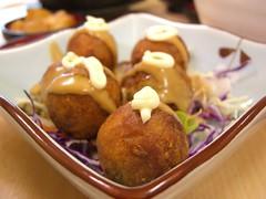 Takoyaki - Let's Bap (avlxyz) Tags: food japanese casio snack octopus exilim takoyaki z850 letsbap