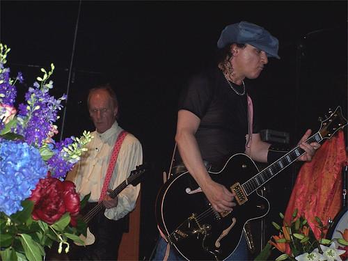 Kane and Sylvain, live 2004