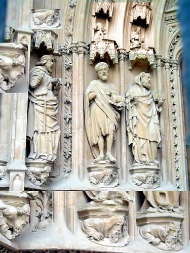 Catedral: puerta del Mirador