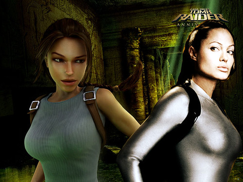 Angelina Jolie vs Lara Croft