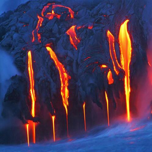 422519403 1180ce8fbe Danger and Beauty of Hawaiian Volcanoes