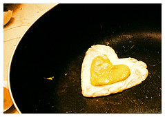 Heart Shaped Egg (Alli Jiang) Tags: food cooking heart lovely1 egg creative creation glaze oil friedegg whiteandyellow arsilverfox superhearts heartshapeegg
