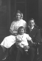 Franklin, Katherine and Roger Blackmer 1914
