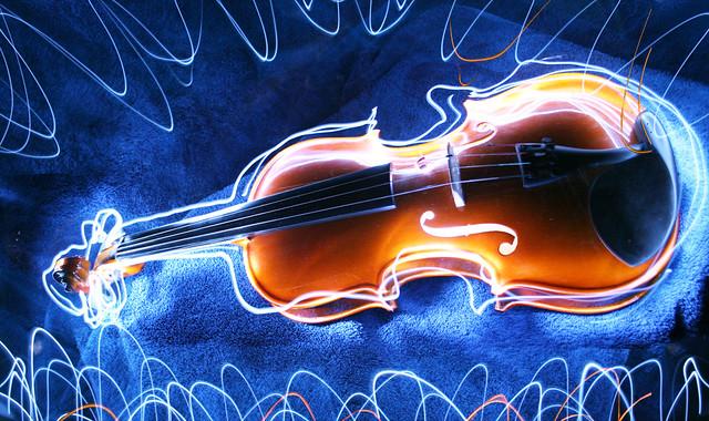 violin light painting 10