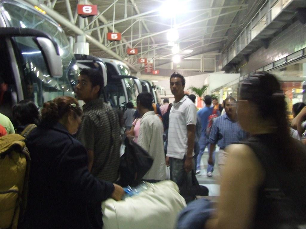Tomando el Autobus en Veracruz de regreso