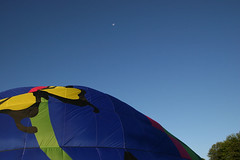 Step 4 Note - To Tha Moon Alice! (Travis' Photography) Tags: awesome balloonride airventures