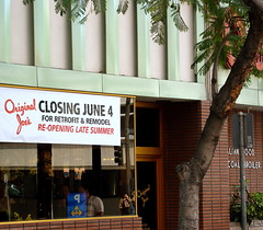 Original Joe's Closing...