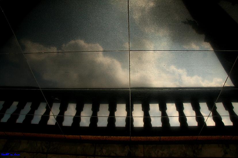 Reflection on the floor of Wat Hua Lampong Bangkok