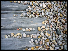 Zen like a rolling stone (Mr. Theklan) Tags: beach rock grey gris playa zen roca scc hondartza arroka 1025faves 123faves superaplus aplusphoto ltytr2 ltytr1 ltytr3 superhearts