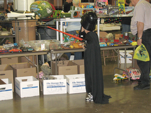 Columbus Toy Show 2007 - A little kid dressed as Darth Vader