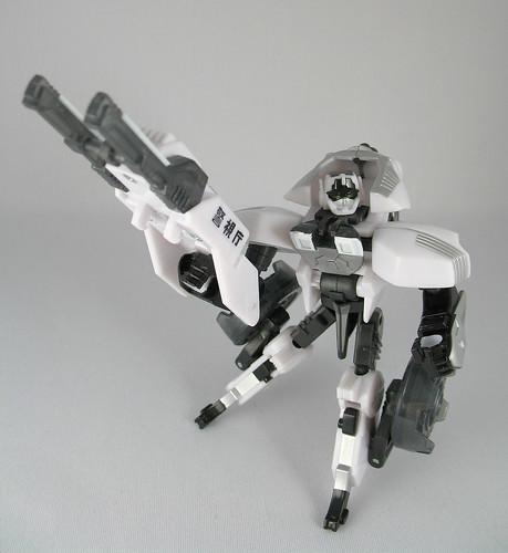 Takara Gasket (Police Type Exclusive) (Bot Mode)