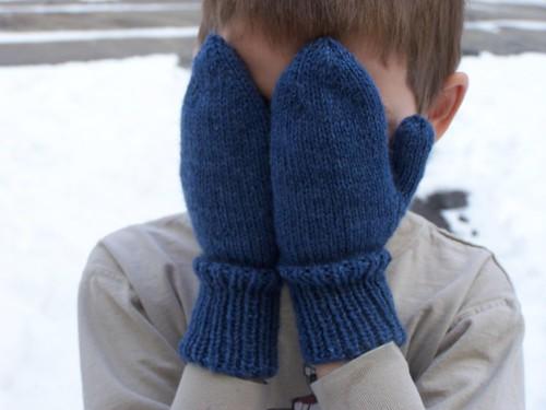 Peek-a-boo mittens
