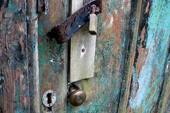 blue door (jamspangle) Tags: flickrchallengewinner