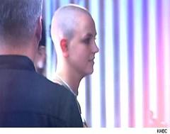Britney goes baldistic