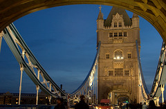 Tower Bridge (~Glen B~) Tags: uk england london nikond70 tamron28300mm favemegroup4 favemegroup5 satelliteportfolio