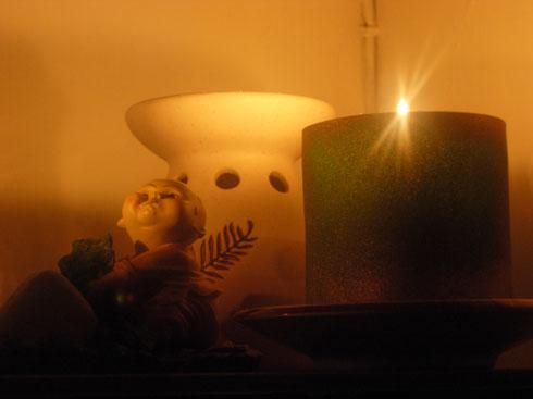 燭光中的小孩
