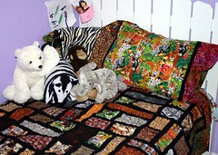 Jungle quilt with jungle pillow cases