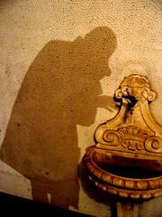 Nosferatu Approaching The Blood Fountain (Master Mason) Tags: shadow portrait selfportrait muro me fountain wall self ego blood nosferatu sete ombra picasa ombre io autoritratto fontana thirst fontaine ritratto forl murnau mastermason docparty ci33 maxshreck conteorlok