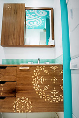 Oorbee and Sanj of OM home's Bathroom (After) (OM home) Tags: wood india color colorful warm apartment interiordesign bold alpona omhome