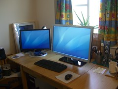 New Monitor has arrived... WOOO00 Wahhhh!