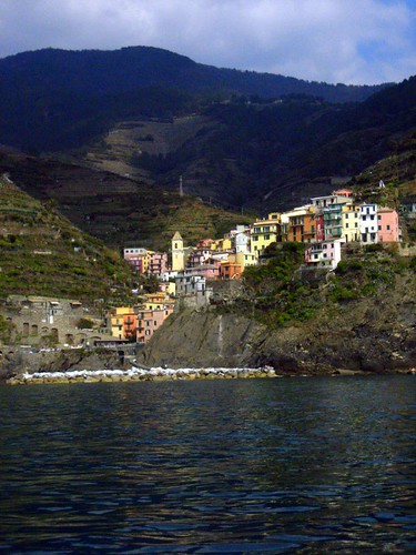 Manarola and its little harbor