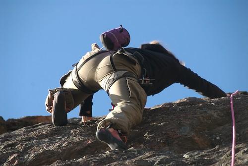 Åsa R. climbing Häggstaberget