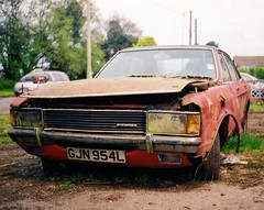1973 Ford Granada 3.0 GXL (Stuart Axe) Tags: old classic abandoned rotting car junk rust classiccar decay rusty dump scan scorpio 80s rusted granada 70s junkyard rotten 1970s brentwood wreck granny scrap banger derelict luxury 1973 corrosion decayed decaying corroded sweeney dumped luxurycar mostviewed junked mostviews fordgranada mk1 scrapcar thesweeney