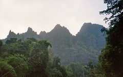 Hic sunt dracones II, Laos (krismo_pompas) Tags: cliff mountain dragon cliffs limestone jagged laos konglor chinesedragons
