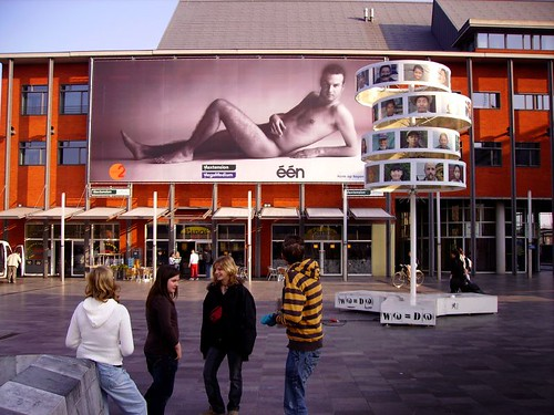 Blote meneer in Leuven