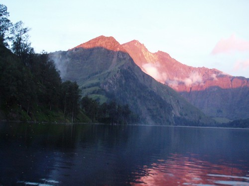 Lombok Trekking Rinjani Mt. 3726 M , Segara Anak Lake