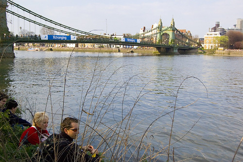 Waiting for the Oxford vs. Cambridge boat race near Hammersmith bridge