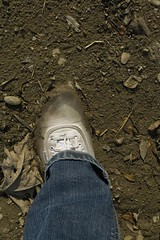 muddy_balloons_40 (sneaker lover) Tags: white fetish balloons shoes dirty canvas worn sneaker muddy keds