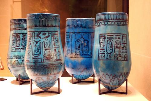 2005_1026_120808AA Vazen met de naam van Ramses II, 1279-1213 BC,Louvre por Hans Ollermann.