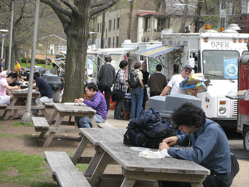 CMU Food trucks seating
