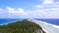 RGI - Rangiroa Airport seen from a kite (Pierre Lesage) Tags: leica blue coral lagoon aerial tahiti kap rangiroa rokaku tuamotu south photography french kite pacific polynesia pierre lesage kia ora