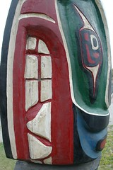Totem's Teeth (cwgoodroe) Tags: bear park wood sculpture art digital oakland bay eyes colorful paint bright eagle pentax native hawk d totem carving historic nativeamerican area totempole ist