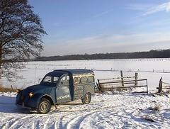 Wintertime (azu250) Tags: winter snow sneeuw citroen 2cv neige eend besteleend gendarmerie deuche camionette fourgonette