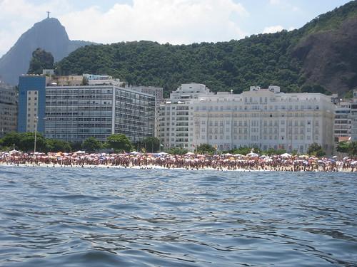 O Cristo abençoa Copacabana
