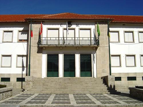 Câmara Municipal de Manteigas - Portugal par Portuguese_eyes
