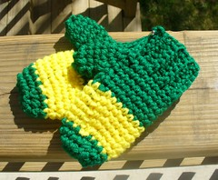 green mittens with yellow stripe